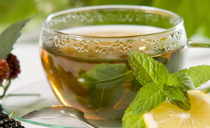http://www.herbalteasonline.com/wp-content/uploads/2015/03/Lemon-Balm-Tea-Photos.jpg