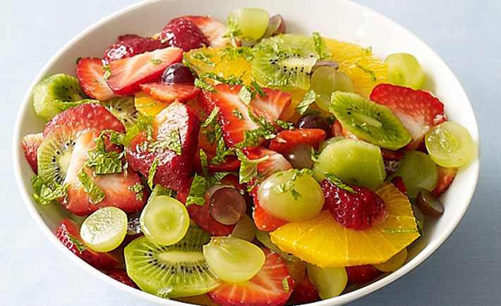 http://www.weightwatchers.fr/images/1036/dynamic/foodandrecipes/2013/07/OrangeStrawberryKiwiSalad_124_600.jpg