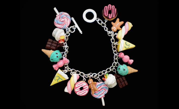optimized-foodie-fashion-candy-necklace
