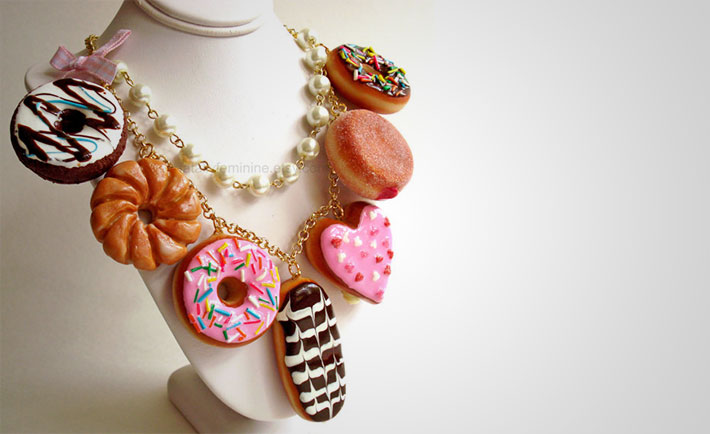 optimized-foodie-fashion-donut-necklace