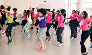 optimized-girls-fun-zumba