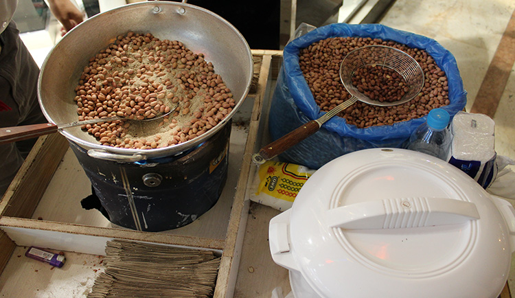optimized-street-food-peanuts