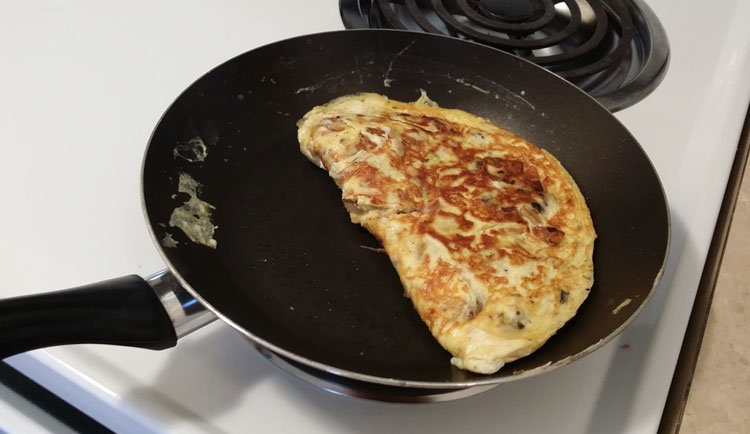 optimized-bacon-omlette-ready