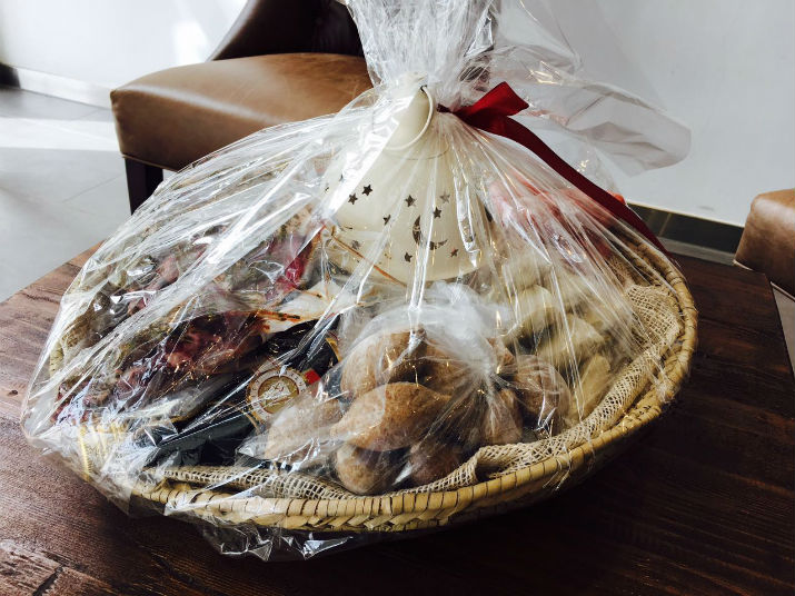 Chopped gift basket