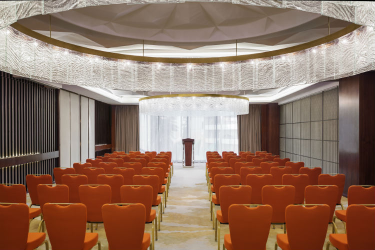 hyatt-regency-riyadh-olaya-meeting-room-almas
