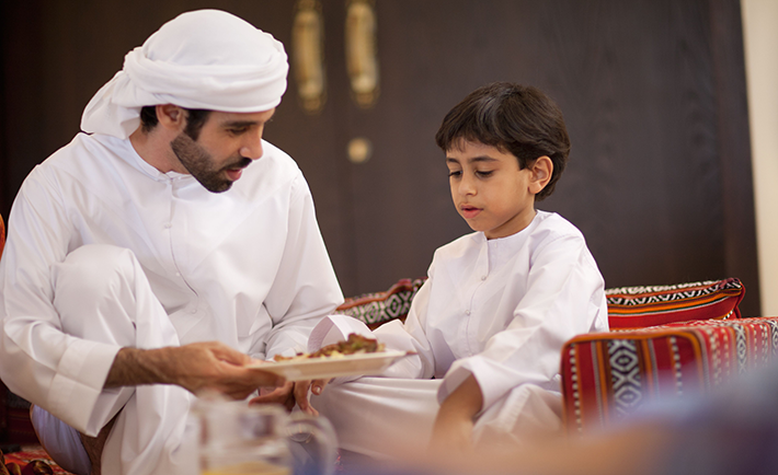 an-middle-eastern-culture-family-break-the-fast-during-ramadan-162744245-58b332405f9b586046c4845f