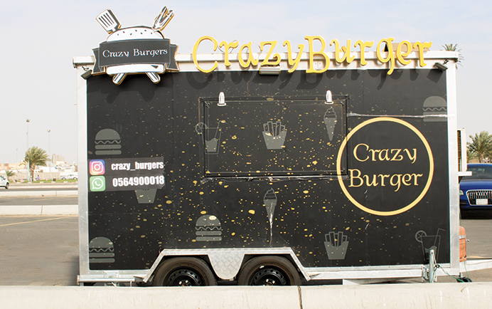 crazy-burger-food-truck-jeddah-2017-lm-03