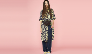 monki-girl-printed-shirt-dress-styled-with-tailored-track-pants-sidewalk-drama-2728-aw18