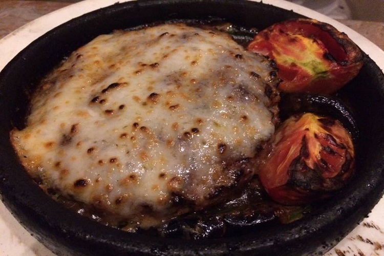 minced-meat-and-cheese