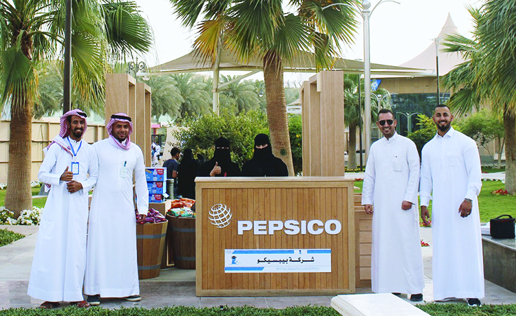 pepsico-encourages-inclusiveness-by-teaching-sign-language