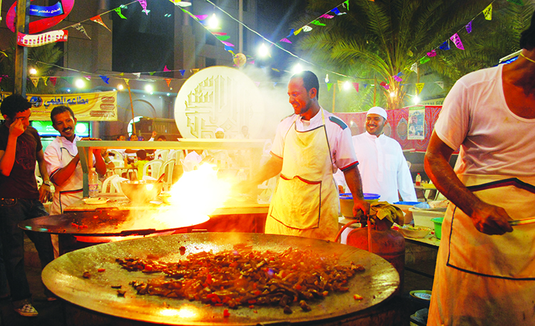 The smell of fresh liver cooking in the distance will attract your attention from miles away