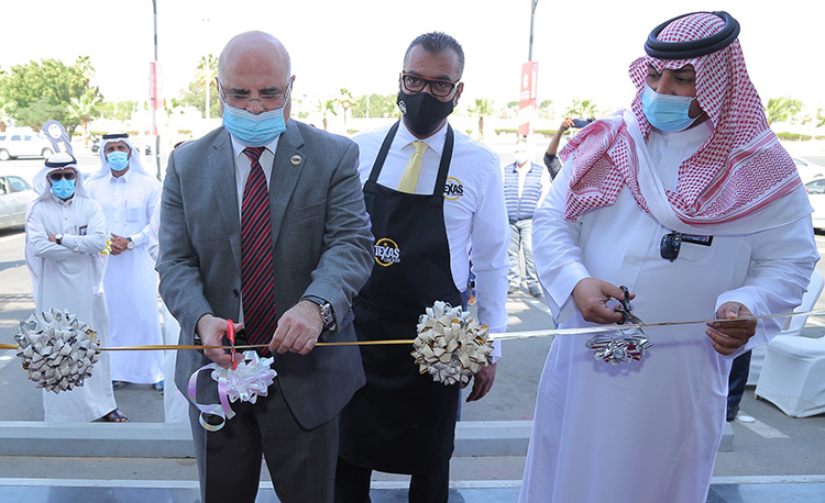 texas-chicken-opens-its-first-ever-store-in-jeddah_9